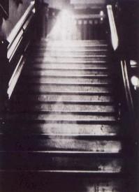 Espíritu en escaleras