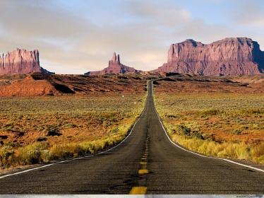 Carretera_en_el_Desierto-1024x768-224974